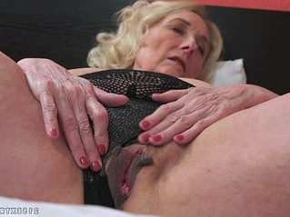 gilf   horny   older woman