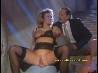 cuckold  italian  wife