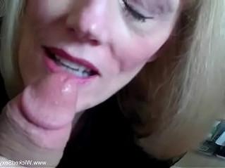 cougar  dick  sucking