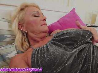 big tits  fuck  gilf