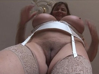 boobs  brunette  busty
