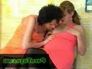 aunty  lesbian  pregnant