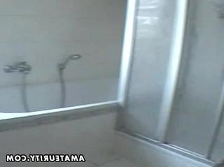 amateur  bathroom  busty